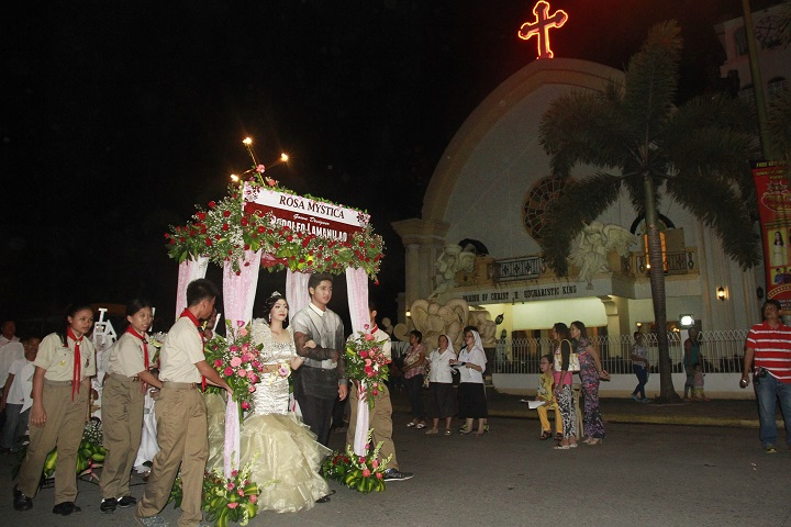 Tagum holds Grand Santacruzan 1