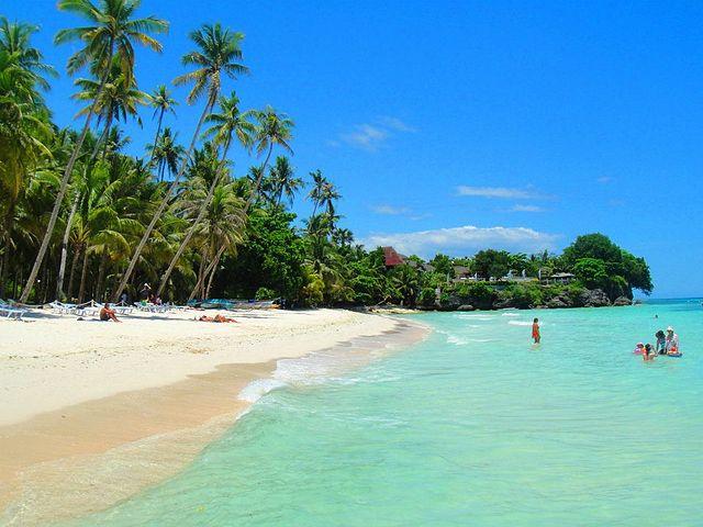 Alona Beach, Bohol