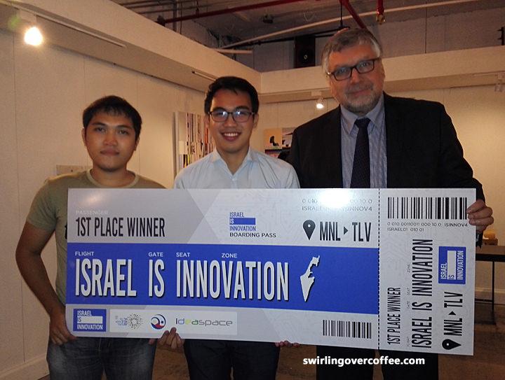 L-R: Jan Rey Altivo, Franch Maverick Lorilla, and Embassy of Israel Ambassador to the Philippines Effie Ben Matityau. Photo source: swirlingovercoffee.com